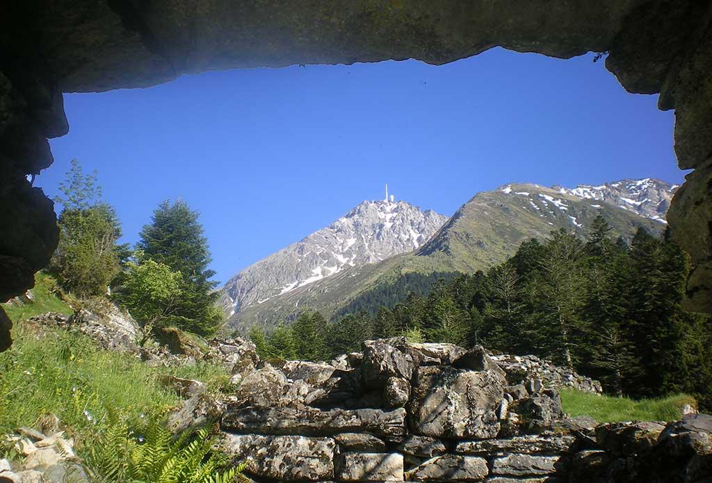 Magnifique randonnée avec une vue magnifique sur le Pic du Midi de Bigorre